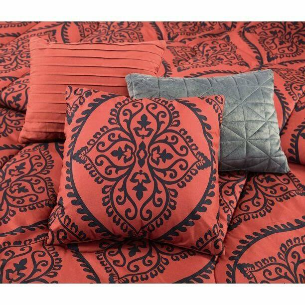 Red Queen Size Comforter 10 Piece Sheets Bed Pillows Bedroom NEW