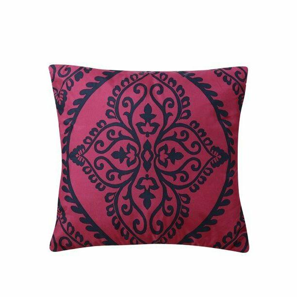 Red Comforter Sheets Pillows Bedroom